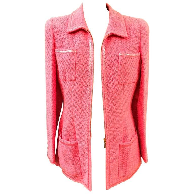 Unworn Vintage Chanel Spring 1995 Pink Tweed Jacket  For Sale