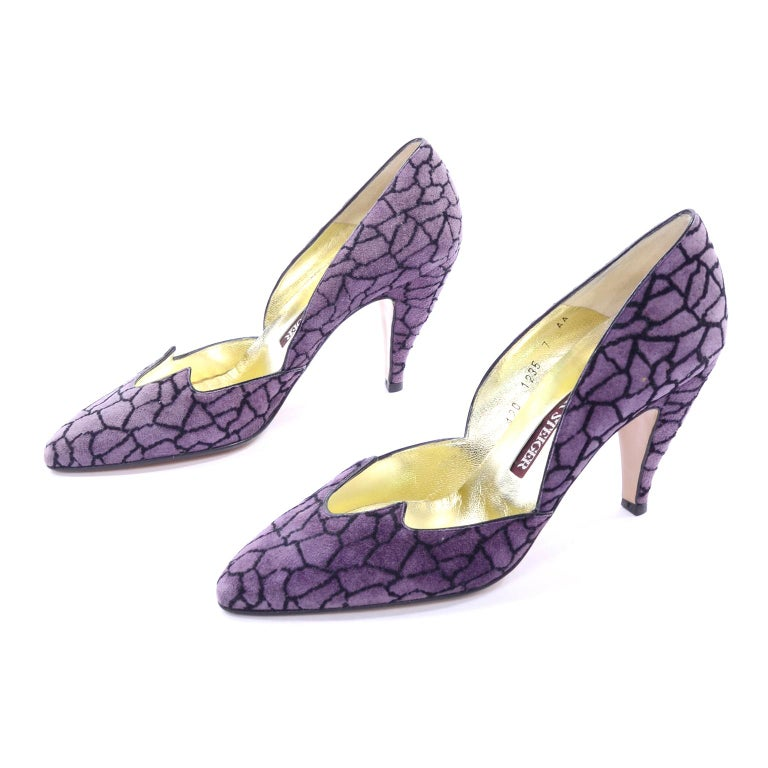 Unworn Walter Steiger Vintage Shoes in Purple & Black Suede With 3.5