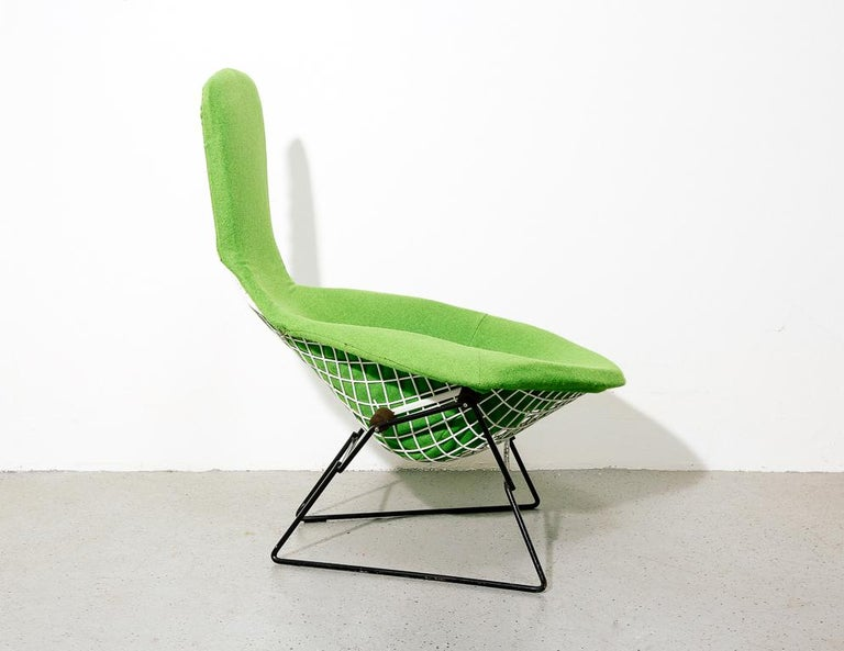 Upholstered Bird Chair by Harry Bertoia for Knoll In Excellent Condition In Brooklyn, NY