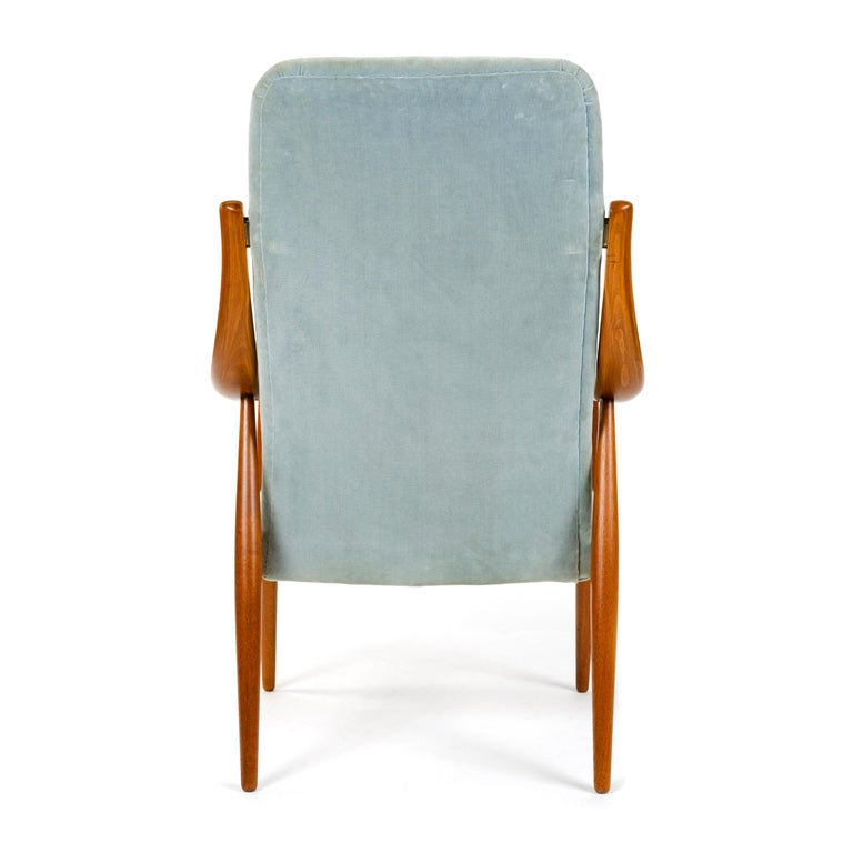 1950s Danish Upholstered High Back Armchair by Hvidt & Mölgaard-Nielsen In Good Condition For Sale In Sagaponack, NY