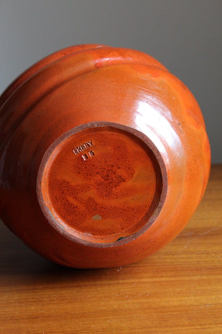 Upsala-Ekeby, Large Organic Vase, Glazed Earthenware, Sweden, 1930s In Good Condition For Sale In West Palm Beach, FL