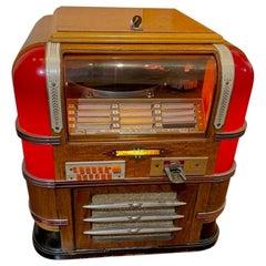 Wurlitzer 61 Countertop Jukebox Restored Working, 1939