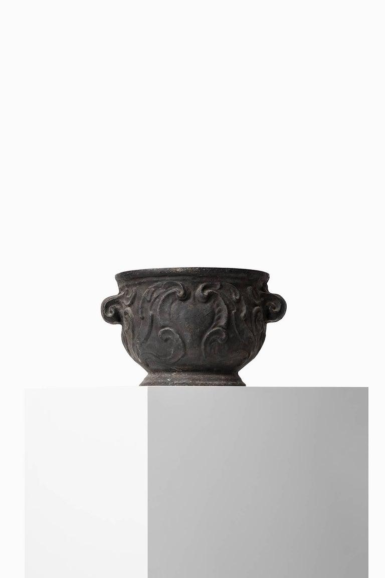 Rare urn 'Barockurnan' produced by Näfveqvarns Bruk in Sweden.