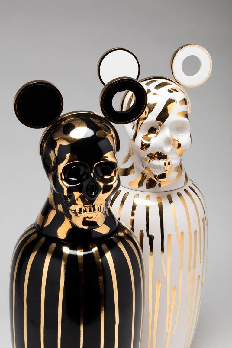 Urns, canopic jar by Cartú for shelf.