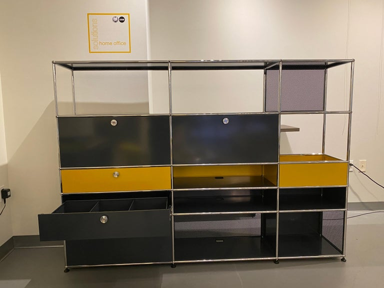 Metal USM Anthracite Wall Unit by Swiss architect Fritz Haller & Paul Schaerer For Sale