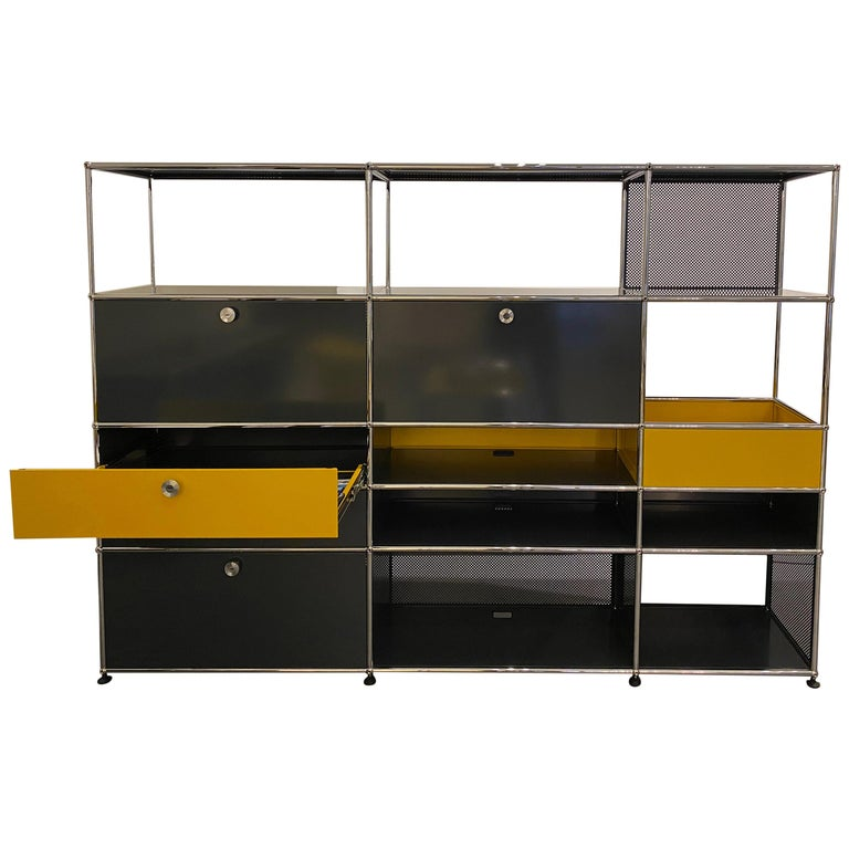 USM Anthracite Wall Unit by Swiss architect Fritz Haller & Paul Schaerer For Sale