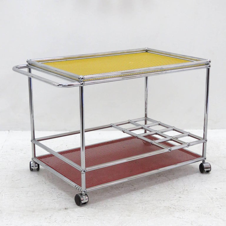 USM Haller Bar Cart In Excellent Condition For Sale In Los Angeles, CA