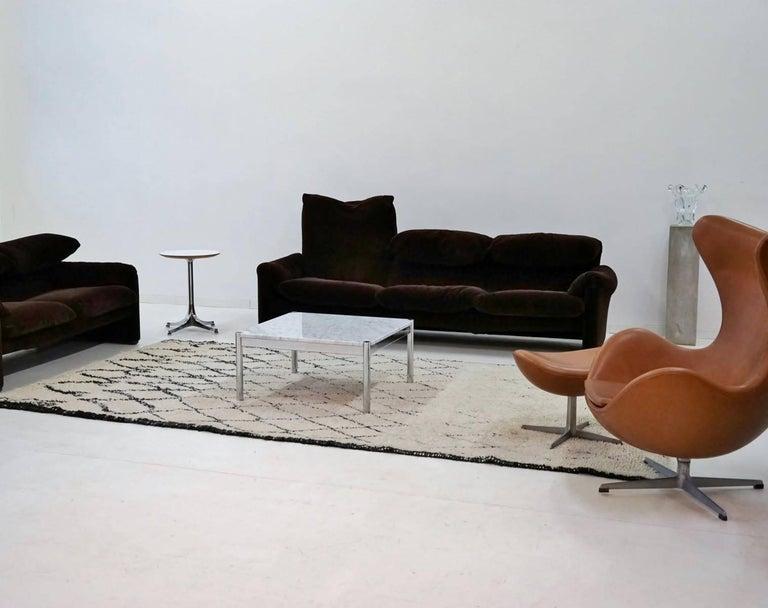 sofa mit tisch zwinz wohnraum sofa tisch with sofa mit tisch simple sofatisch sofa tisch. Black Bedroom Furniture Sets. Home Design Ideas