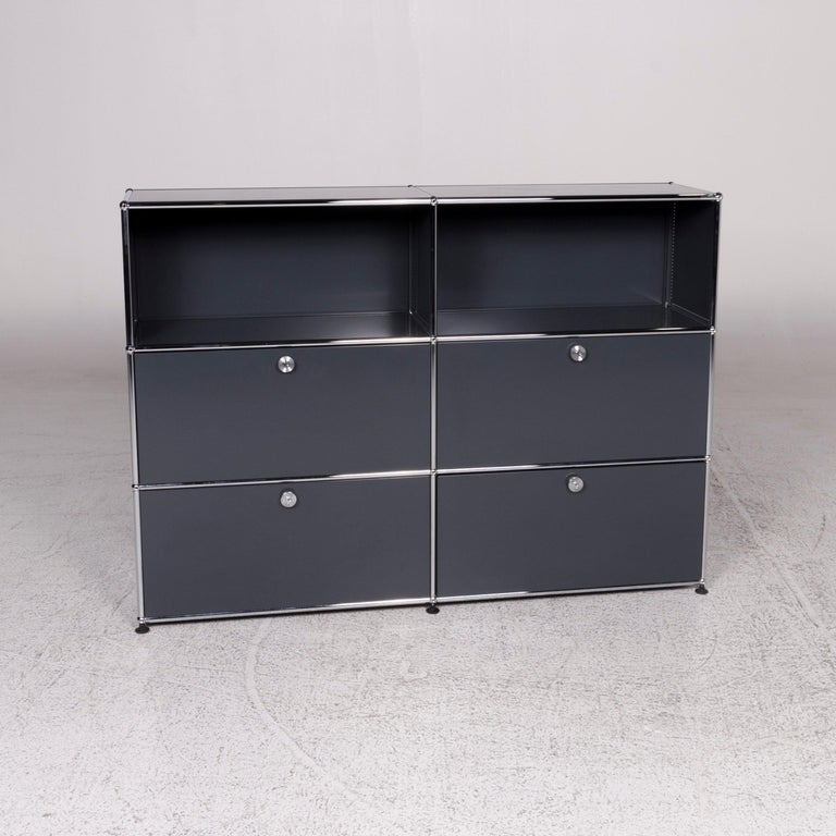 We bring to you an USM haller metal sideboard shelf gray 4 drawers.   Product measurements in centimeters:    Depth: 38  Width: 153  Height: 109.