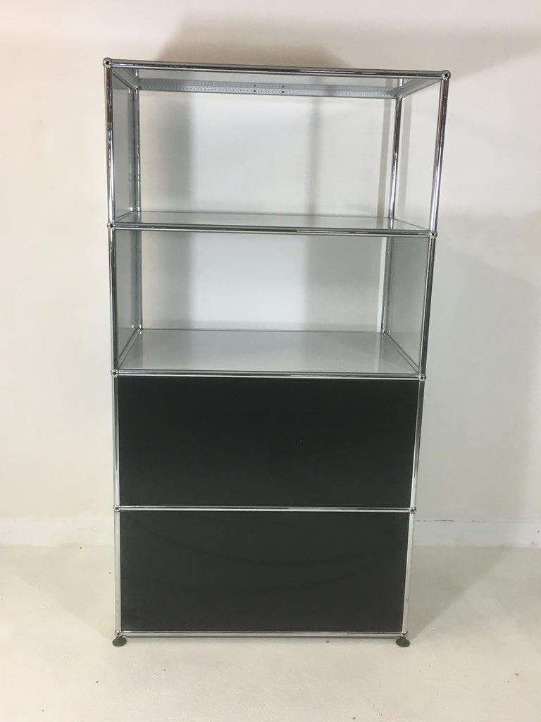 Mid-Century Modern Usm Haller Storage Unit White, Grey and Stainless Steel Designed by Fritz Haller For Sale