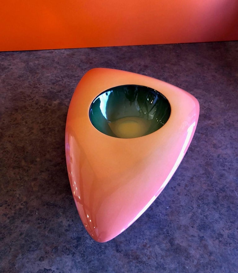 Contemporary V-33 Model Earthenware Bowl by Fred Stodder For Sale