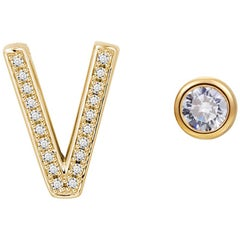 V Initial Bezel Mismatched Earrings