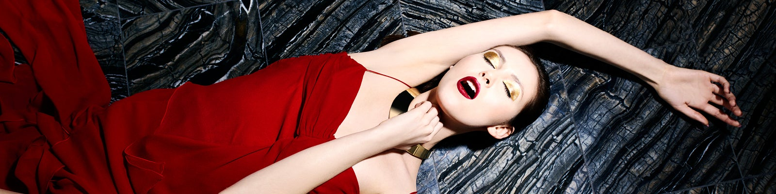 Shrimpton Couture background