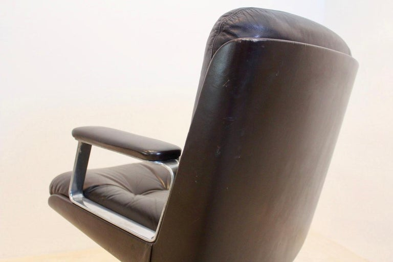 20th Century Vaghi Executive Leather Swivel Chair, Italy For Sale