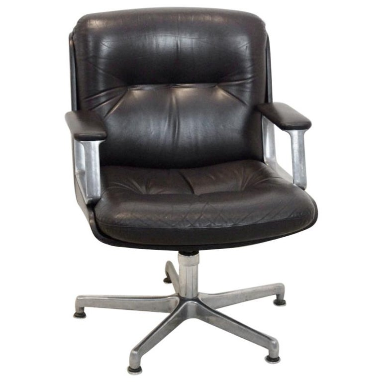 Vaghi Executive Leather Swivel Chair, Italy For Sale