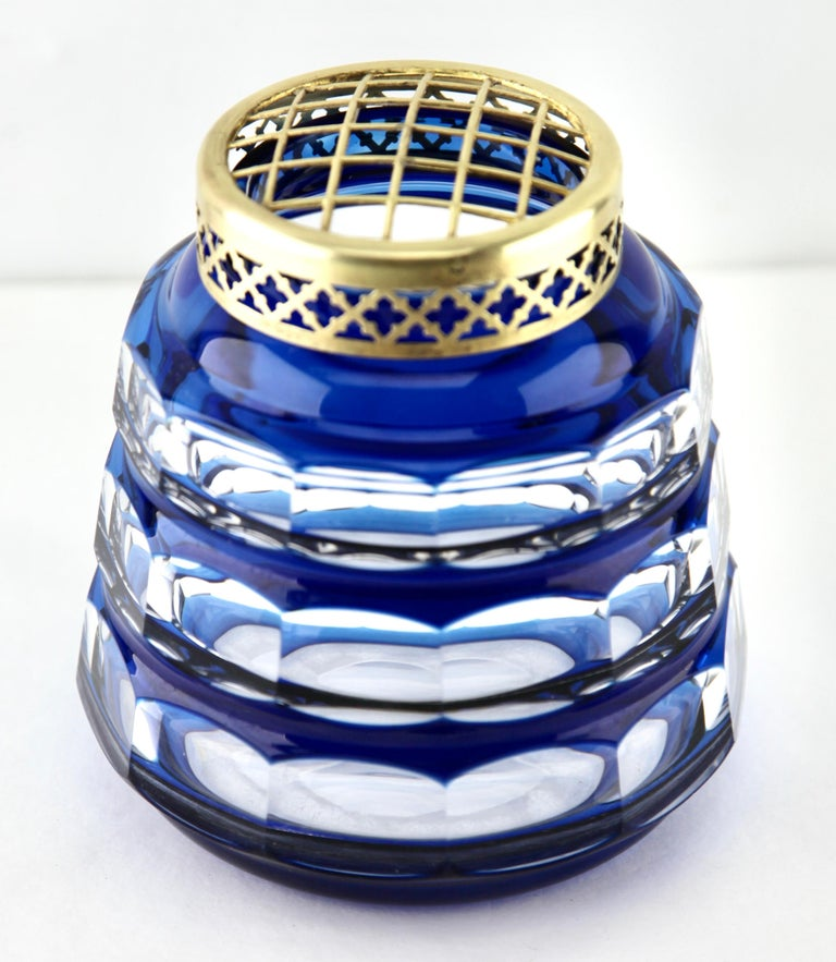 Mid-20th Century Val Saint Lambert 'Pique Fleurs' Vase, Crystal Cut-to-Clear, with Grille For Sale