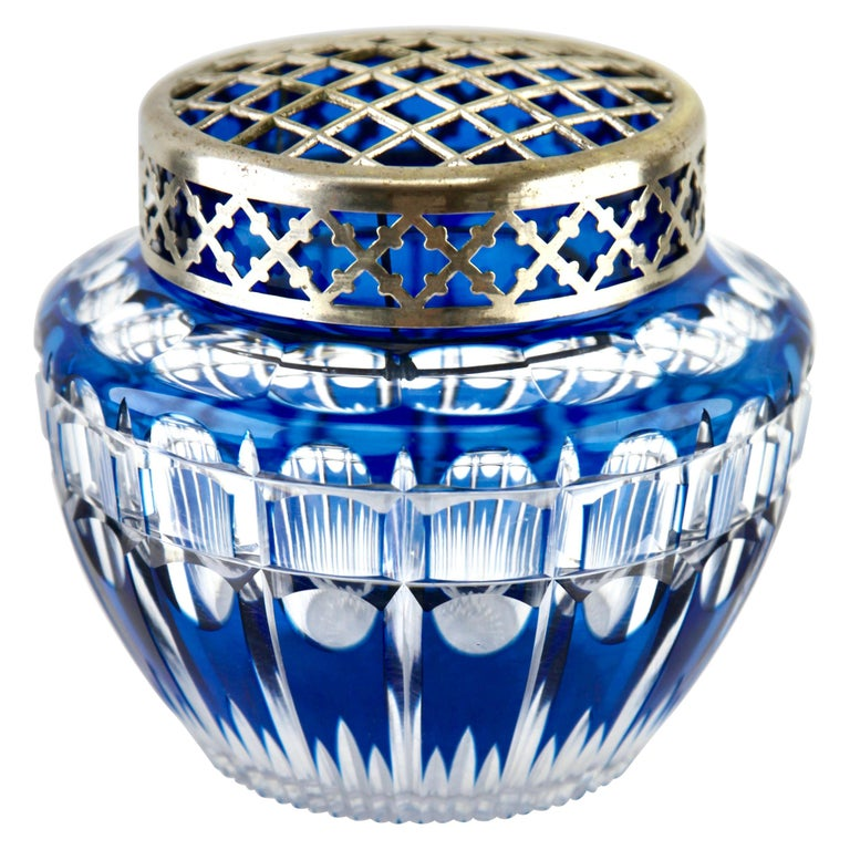 Val Saint Lambert 'Pique Fleurs' Vase, Crystal Cut-to-Clear, with Grille For Sale