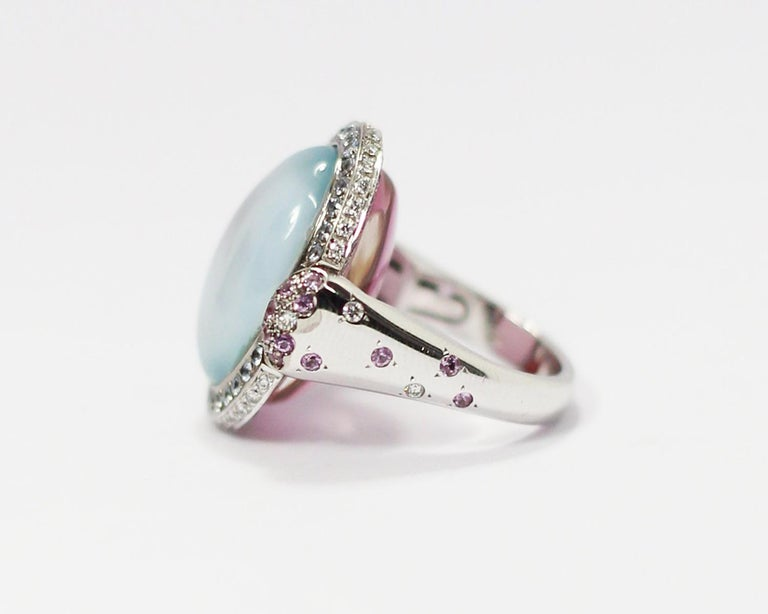 Women's Valente Double Face Mother of Pearl 18 Karat Gold Ring with Diamonds & Sapphires For Sale