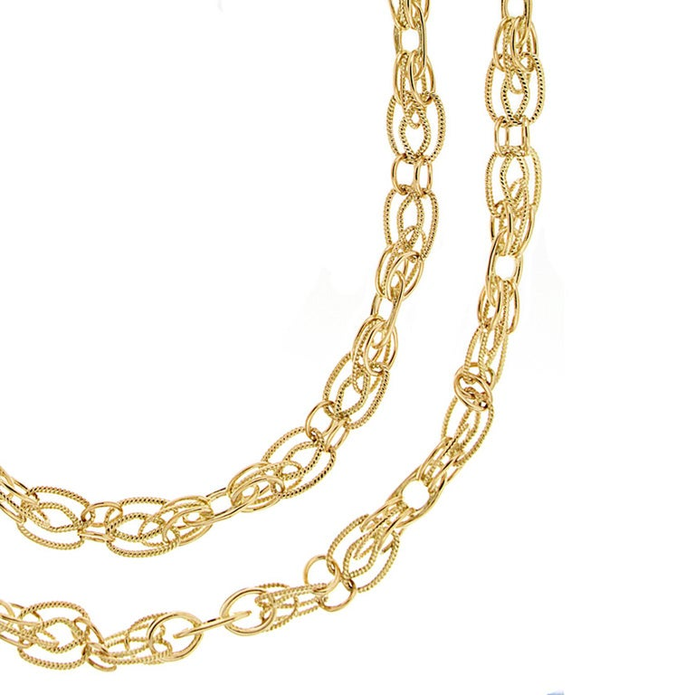 Valentin Magro 18 Karat Yellow Gold Interlocking Chain Necklace In New Condition For Sale In New York, NY