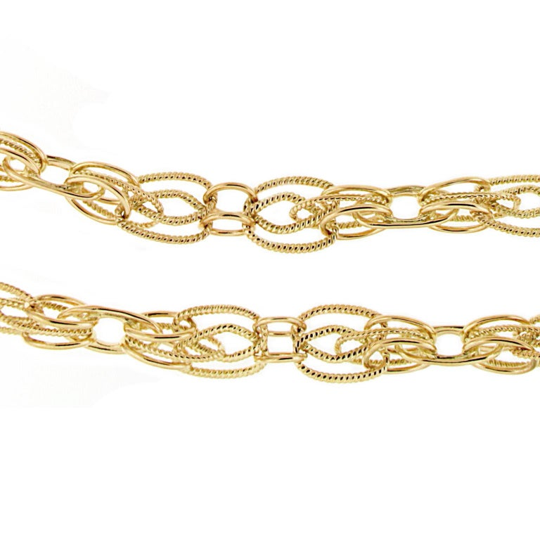 Women's or Men's Valentin Magro 18 Karat Yellow Gold Interlocking Chain Necklace For Sale