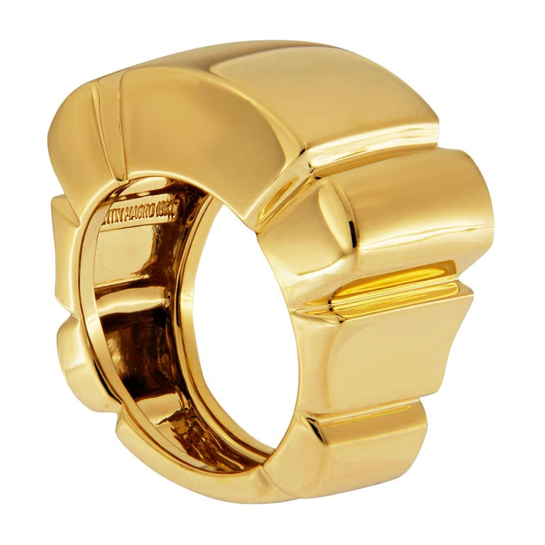 Valentin Magro 18 Karat Yellow Gold Shrimp Ring. The precious metal is broader above than on the sides, allowing for comfortable wearing. Valleys cut into the intervals above, left and right, emulating the segments on a shrimp's body.   Measurement