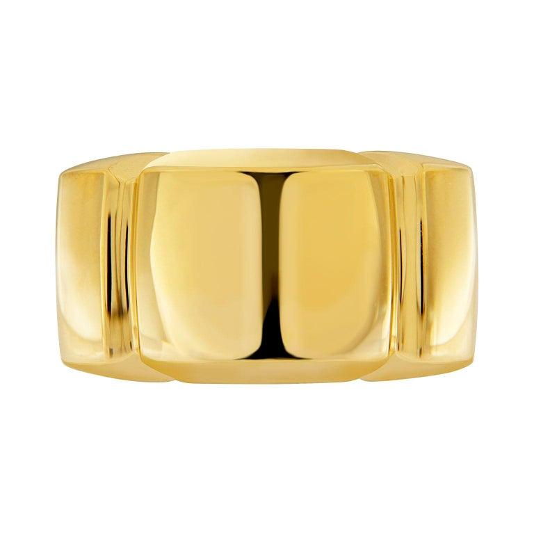 Women's or Men's Valentin Magro 18 Karat Yellow Gold Shrimp Ring For Sale