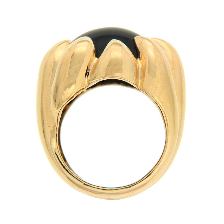 Valentin Magro Dome Pave Ring with Black Onyx in Yellow Gold In New Condition For Sale In New York, NY