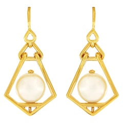 Valentin Magro Geometric Lantern Large Pearl Earrings