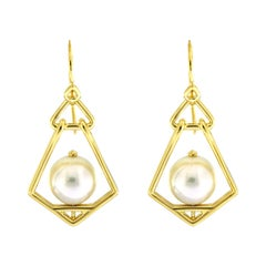 Valentin Magro Geometric Lantern Medium Pearl Earrings