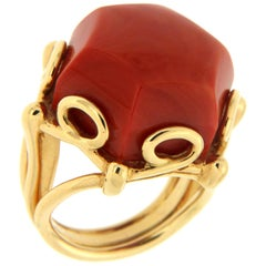 Valentin Magro Geometrical Hexagon Dark Coral Solitaire Ring