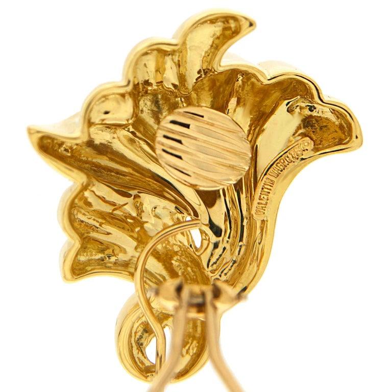 valentin magro gold trumpet flower earrings for sale at 1stdibs. Black Bedroom Furniture Sets. Home Design Ideas