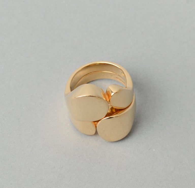 Valentin Magro Modernist Sculptural Gold Ring In Excellent Condition For Sale In Darnestown, MD