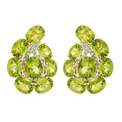 Valentin Magro Paisley Peridot and Diamond Small Earrings