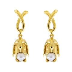 Valentin Magro Penguin with Pearl Earrings