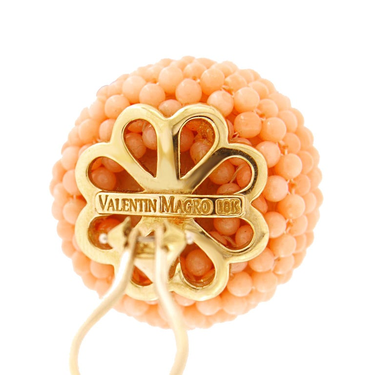 Women's Valentin Magro Pink Coral Beaded Ball Clip Back Earrings in Yellow Gold For Sale
