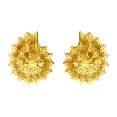 Valentin Magro Small Scallop Shell Gold Earrings
