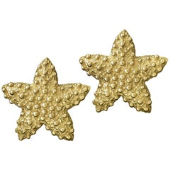 Valentin Magro Textured Starfish Earrings in Yellow Gold