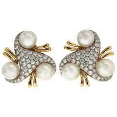 Valentin Magro Triangular Diamond and Pearl Earrings