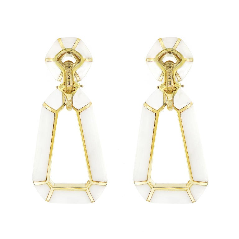 Valentin Magro White Onyx 18 Karat Yellow Gold Dangling Earrings In New Condition For Sale In New York, NY