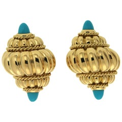Valentin Magro Yellow Gold Turquoise Ribbed Shell Earrings