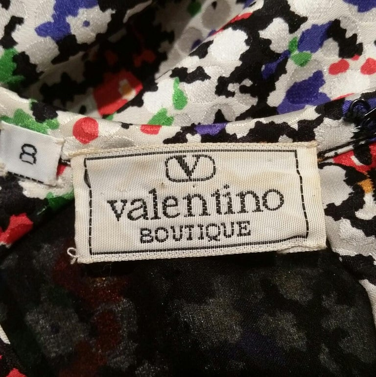 Valentino 1980s Floral Print Silk Shift Dress In Excellent Condition For Sale In London, GB