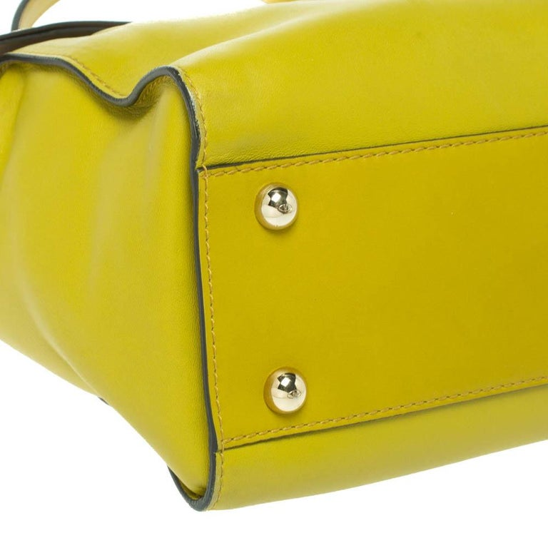 Valentino Avocado/Beige Leather Aphrodite Bow Bag For Sale 6
