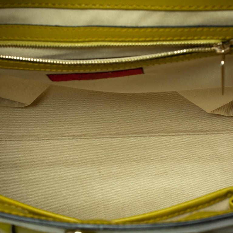 Valentino Avocado/Beige Leather Aphrodite Bow Bag For Sale 8