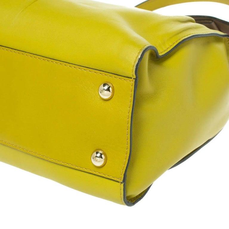 Valentino Avocado/Beige Leather Aphrodite Bow Bag For Sale 3