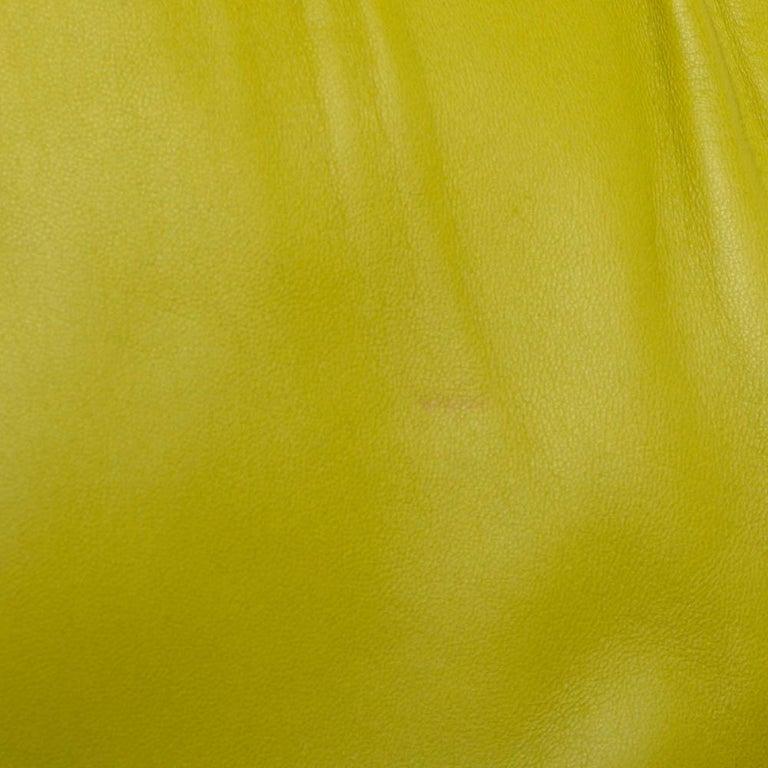 Valentino Avocado/Beige Leather Aphrodite Bow Bag For Sale 4
