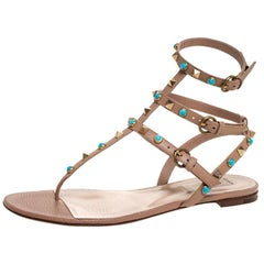 Valentino Beige Leather Thong Rockstud Sandals Size 39