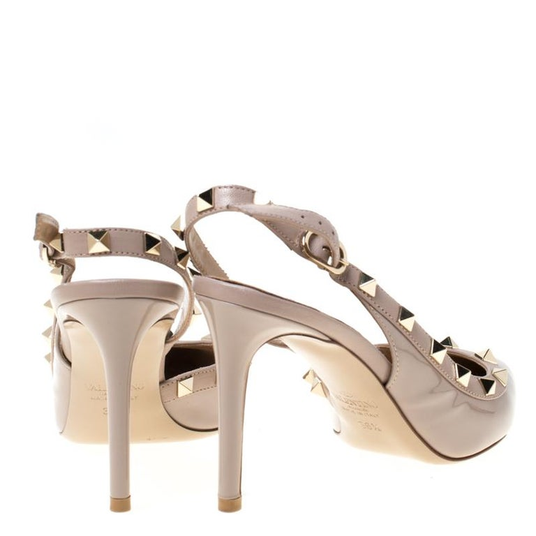 Women's Valentino Beige Patent Leather Studded Pointed Toe Slingback Sandals Size 36.5 For Sale