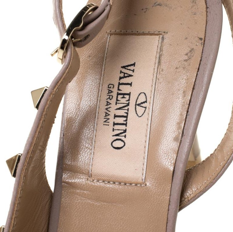 Valentino Beige Patent Leather Studded Pointed Toe Slingback Sandals Size 36.5 For Sale 2