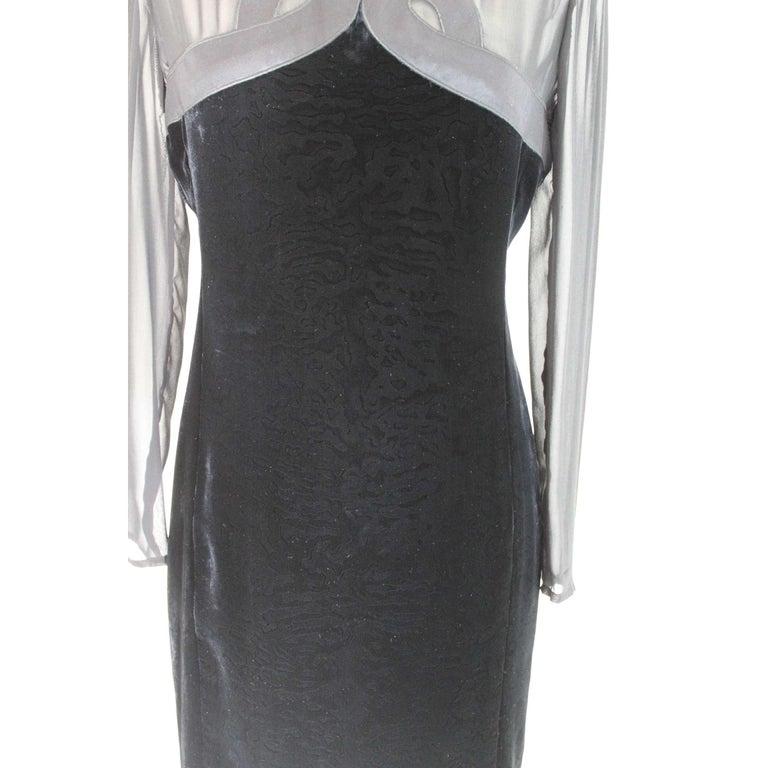 Valentino Black Silk Velvet Evening 1990s Party Cocktail Elegant Sheath Dress  For Sale 1