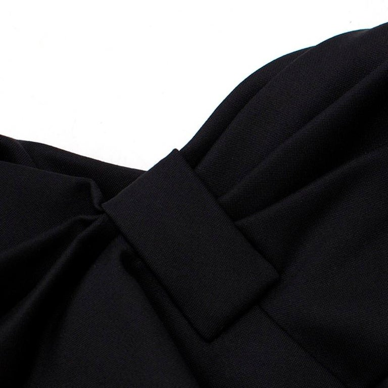 Valentino Black Fitted Bow Shoulder Wool Blend Dress - Size US 8 For Sale 6